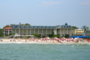 Cape_May_Congress_Hotel_from_the_sea